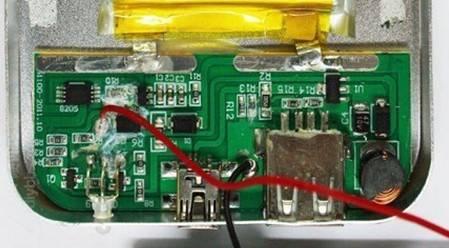 类似的劣质 PCB 成本极低,安全性稳定性都无保障